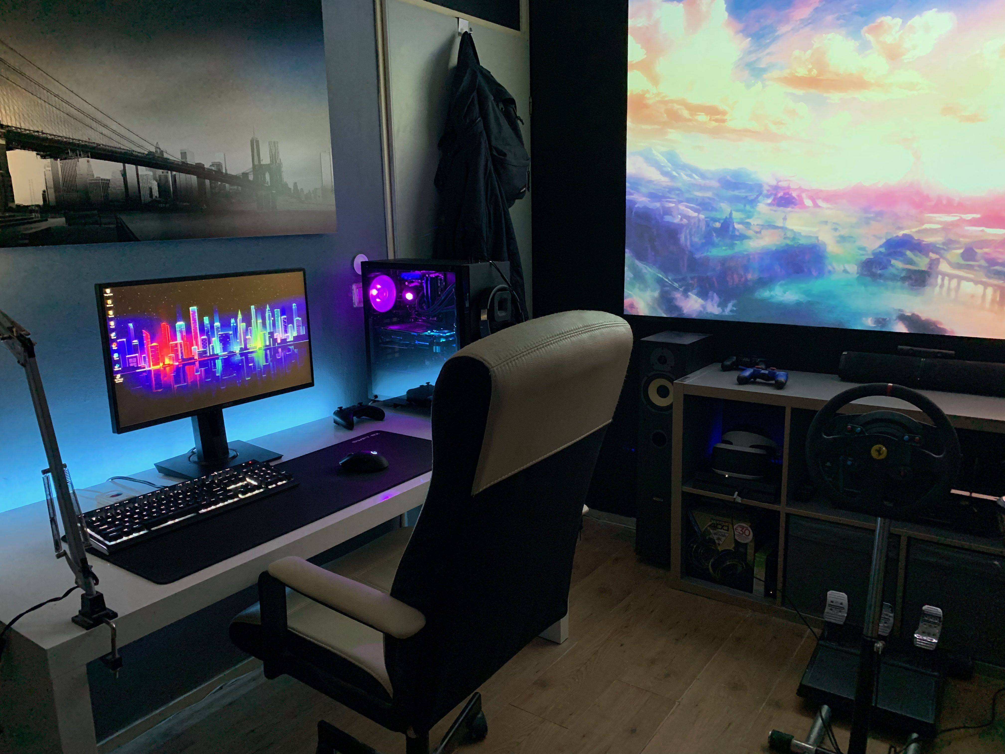 Veloci's Setup - Battlestation from Reddit's JulianTJ | Scooget