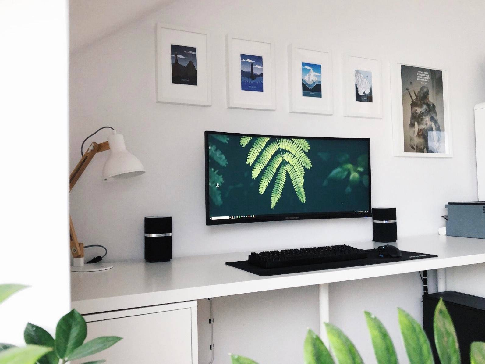 """markscooge's Setup - """"Clean and simple"""" 