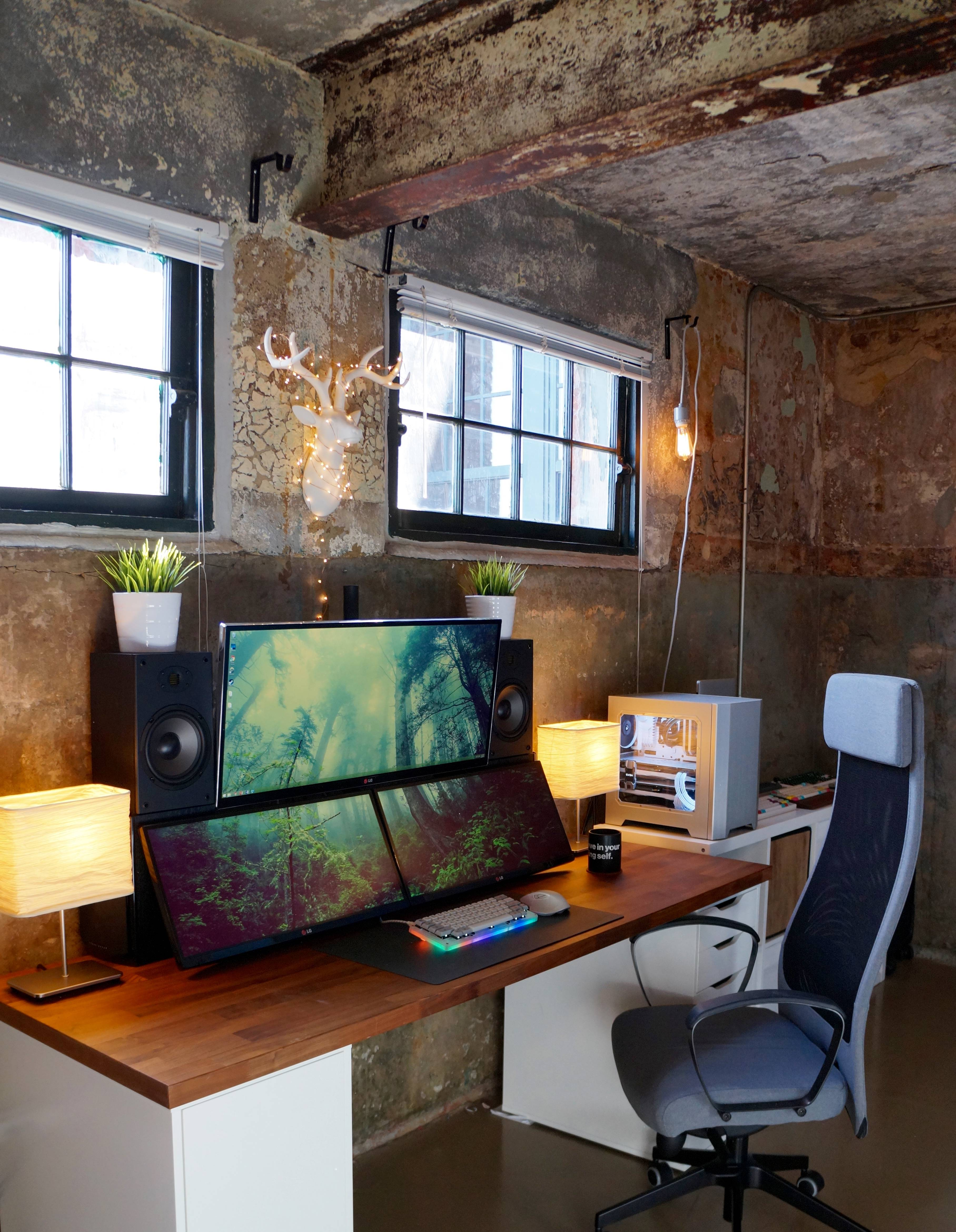 """NelsonTan's Setup - """"Ultrawides in an Old Cotton Mill""""   Scooget"""