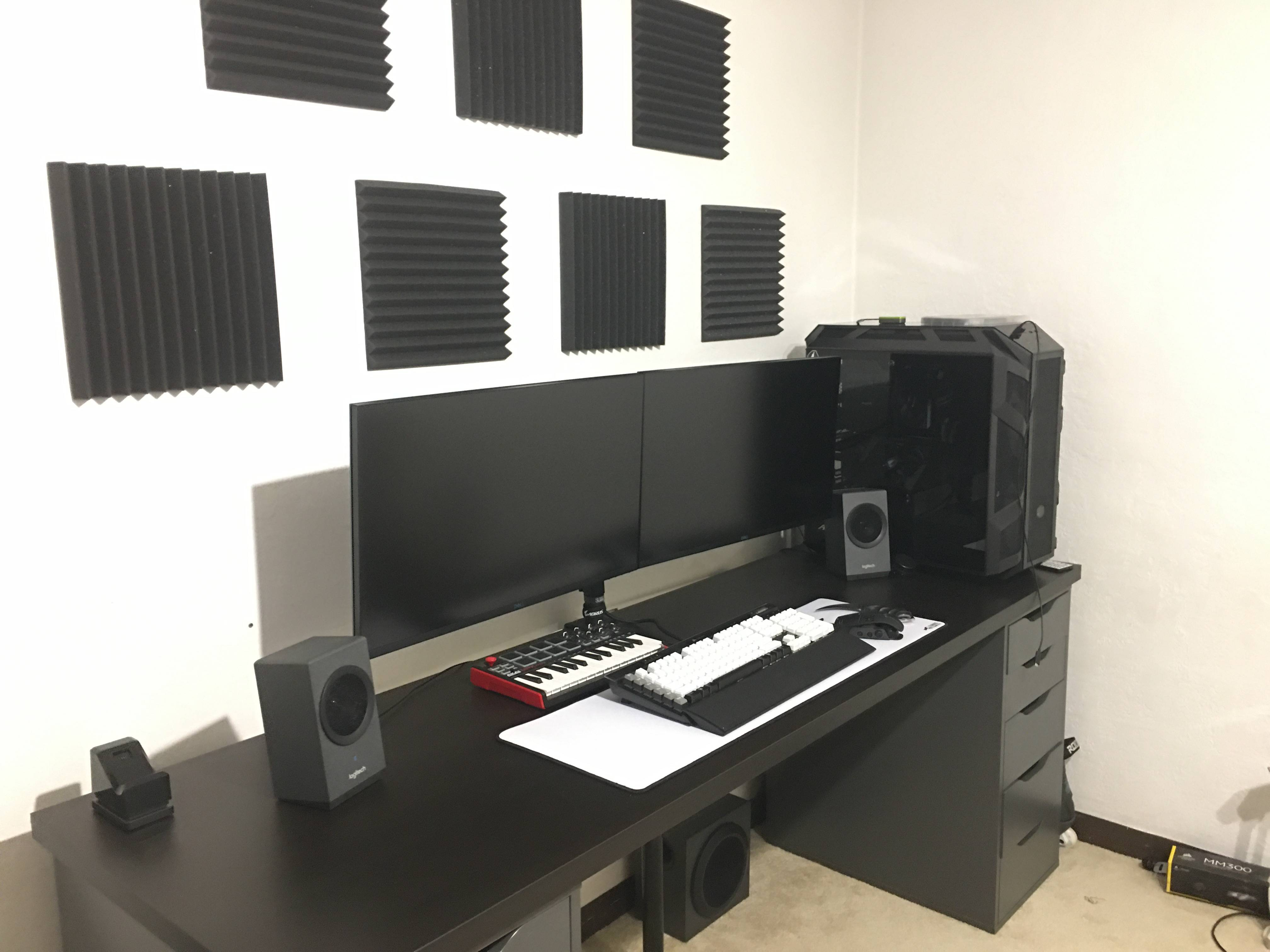 Sprocket's Setup - Clean gaming setup  | Scooget