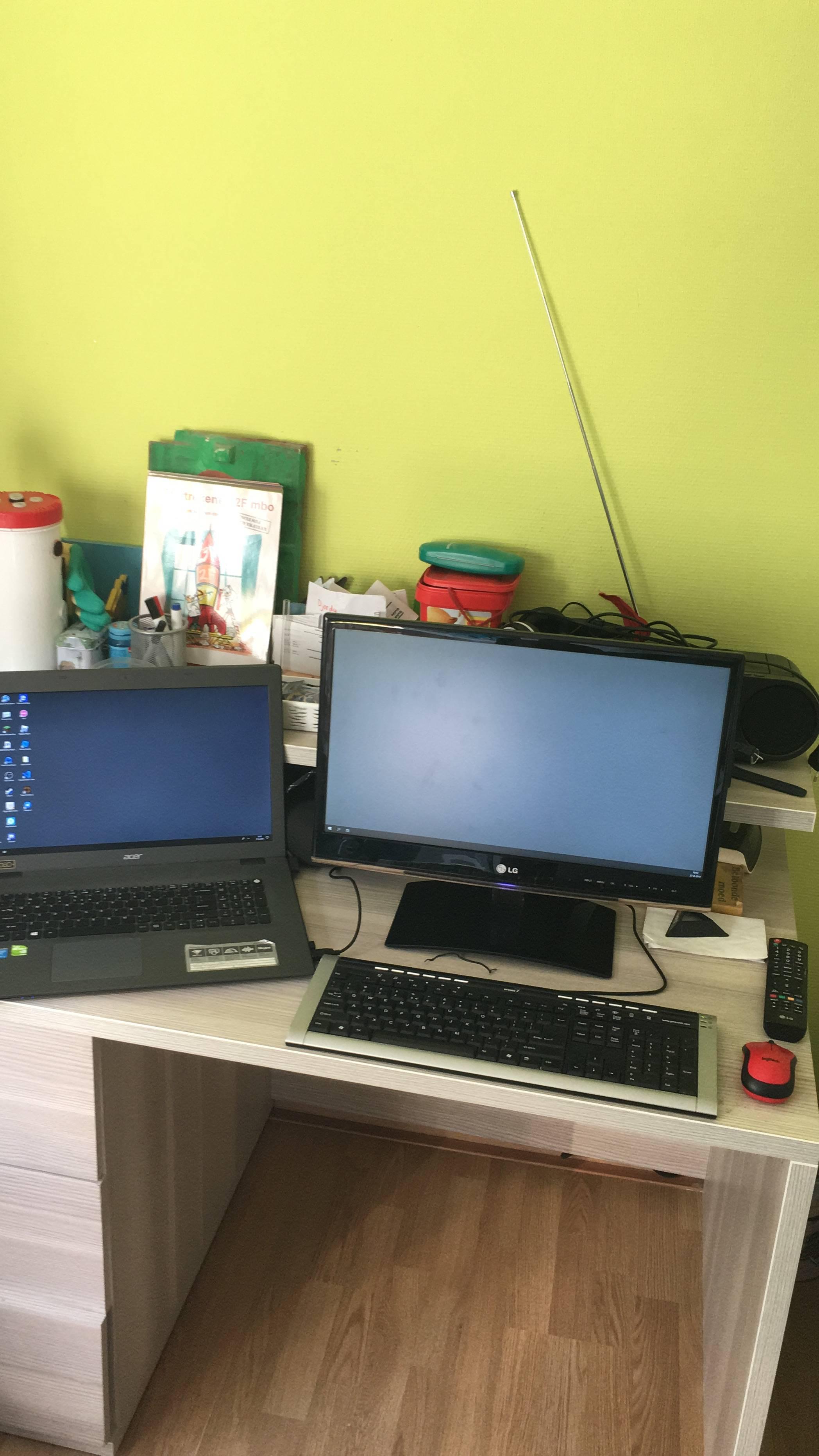 jfcjohnfolf's Setup - This litle setup I own | Scooget