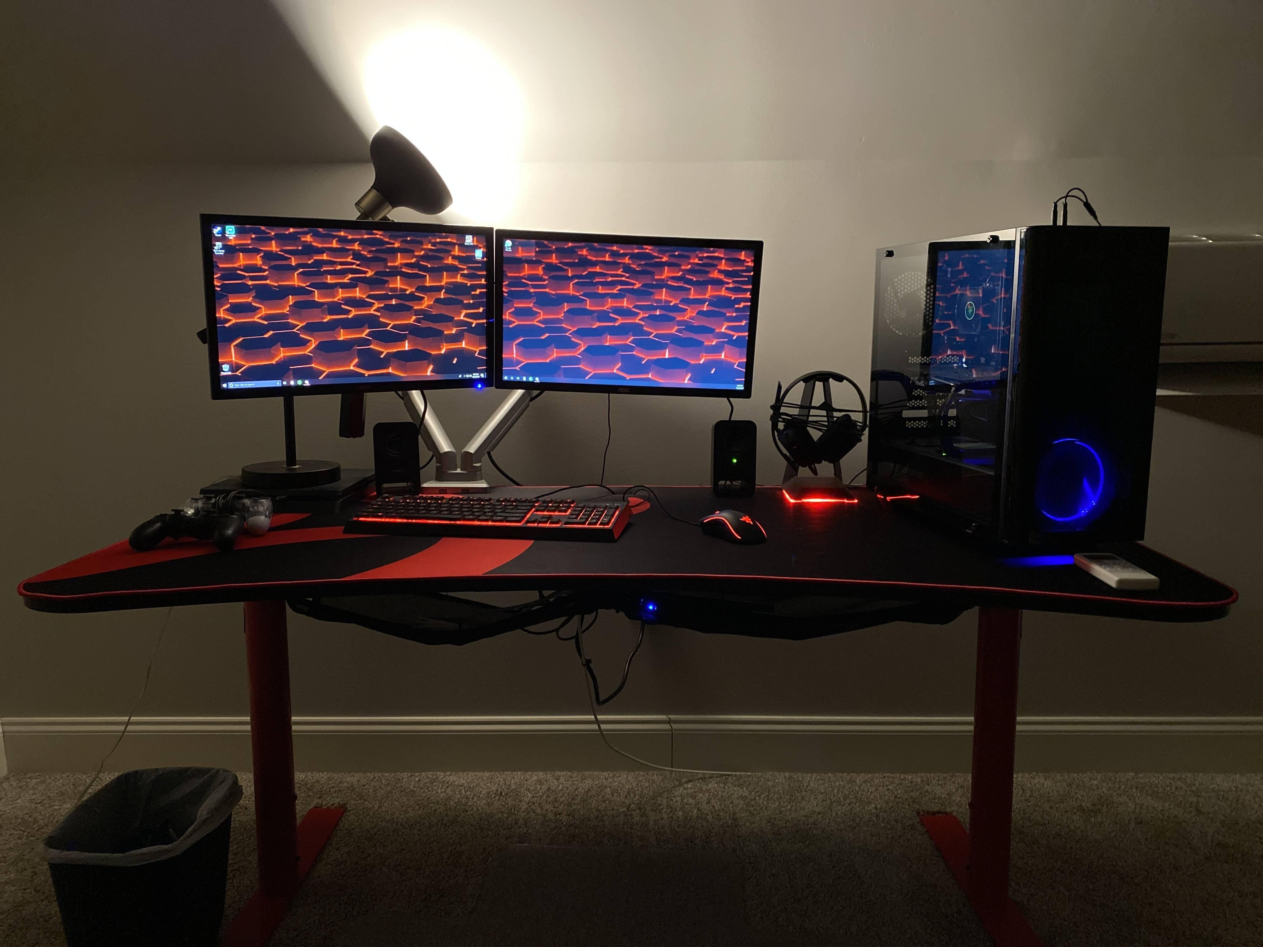 Riverjr04's Setup - Gaming and Streaming Setup   Scooget