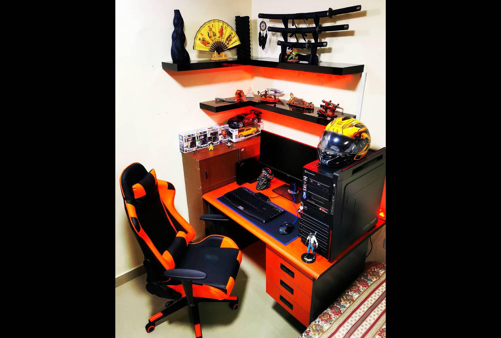 jayracutaspiras's Setup - Vintage minimal Workspace/Gaming Setup   Scooget
