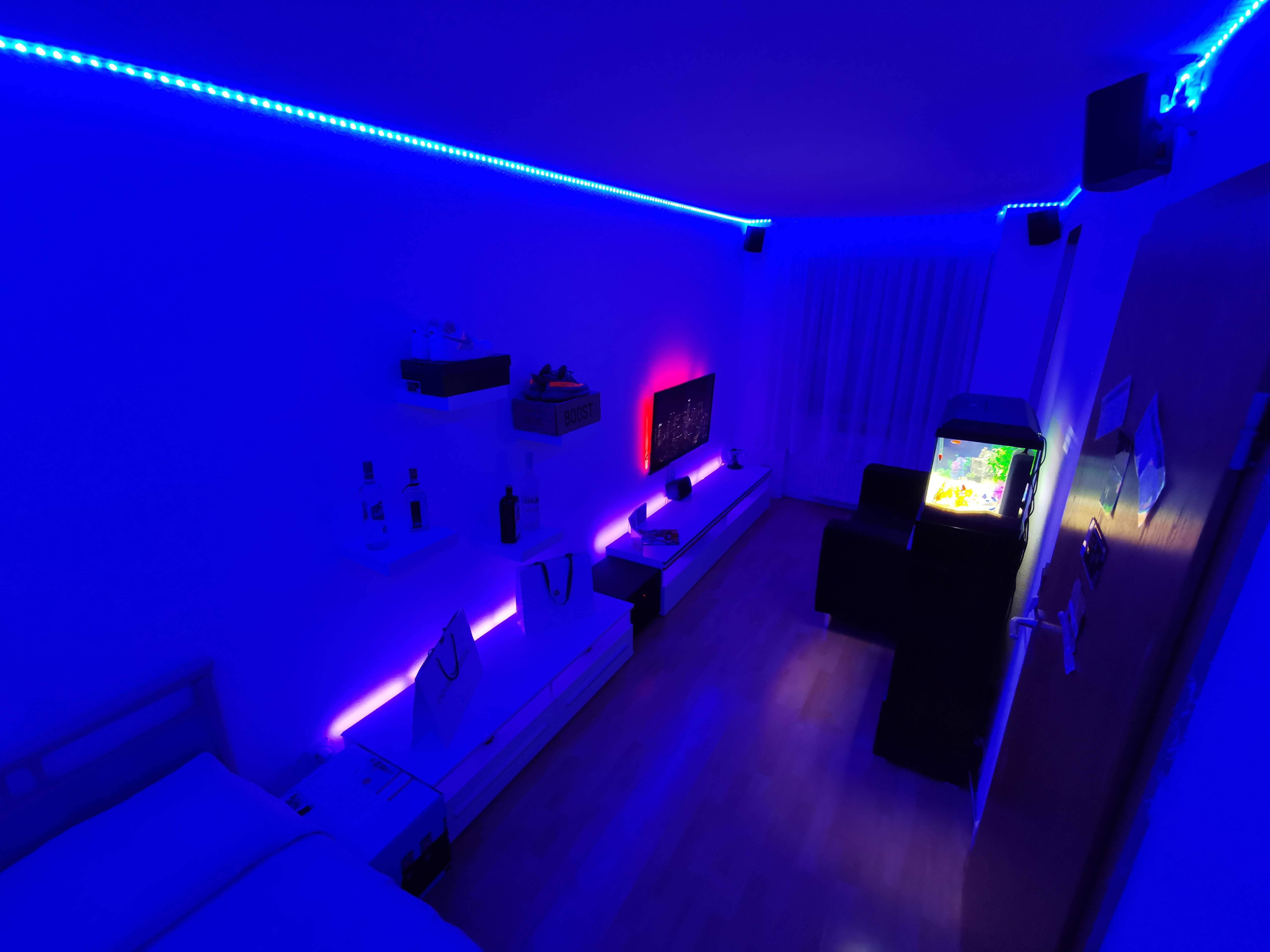 francescocuria's Setup - CHILL & BEDROOM | Scooget