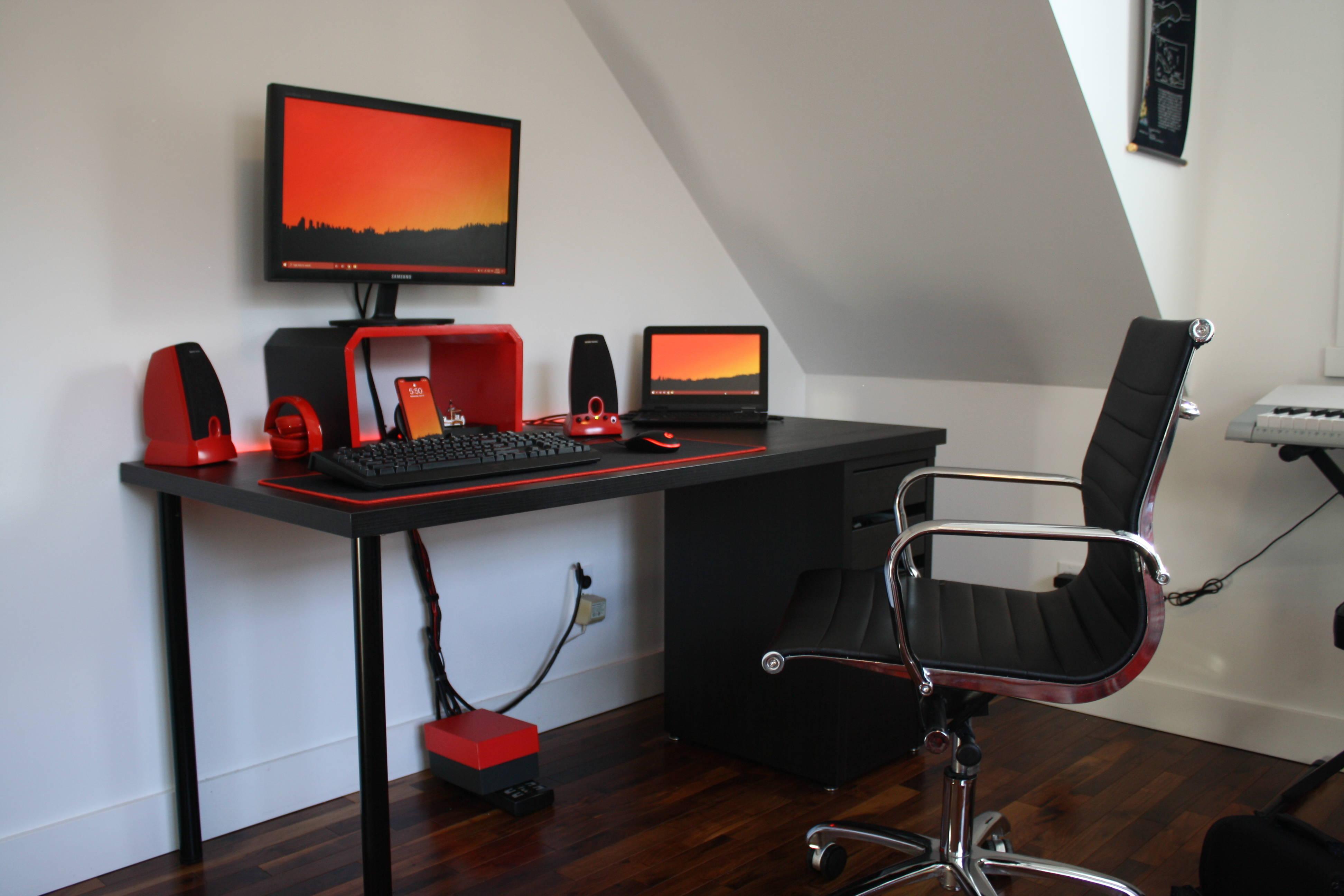 BenSetup's Setup - Teen Budget Red and Black Setup   Scooget