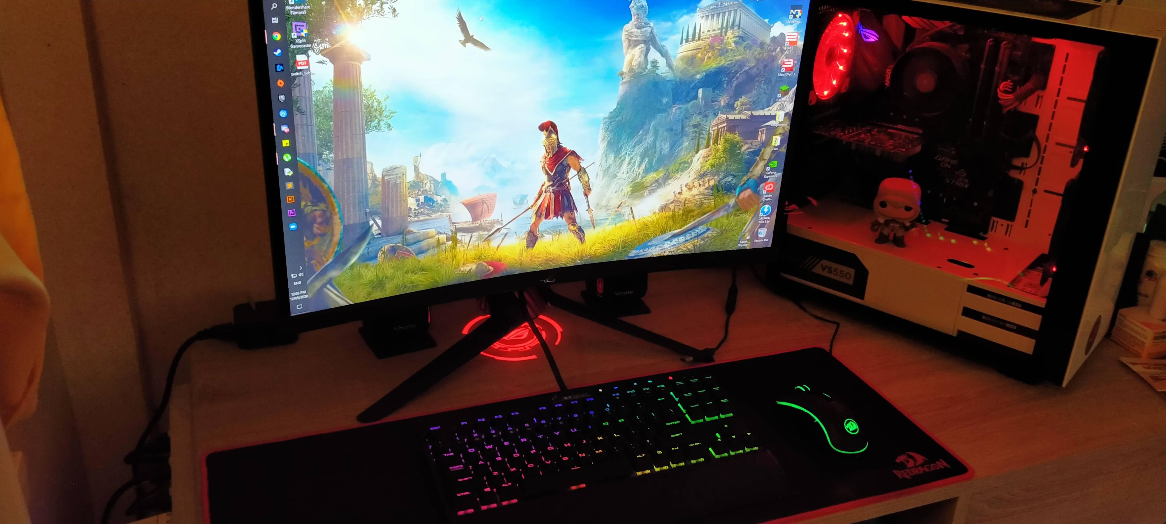 YoloMD1498's Setup - Gaming/Productivity   Scooget