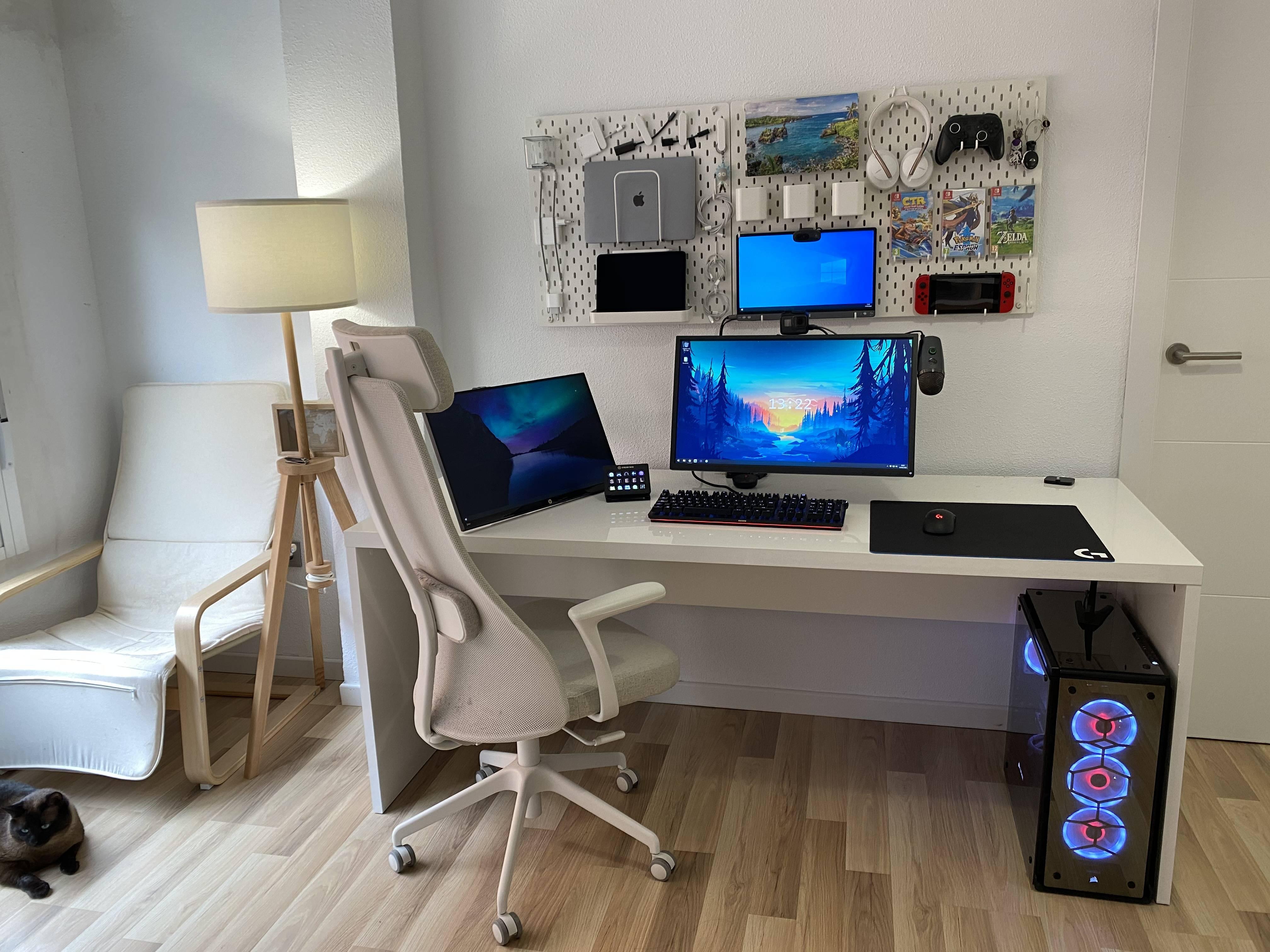 SteelNMS's Setup - Minimal Gaming Setup | Scooget