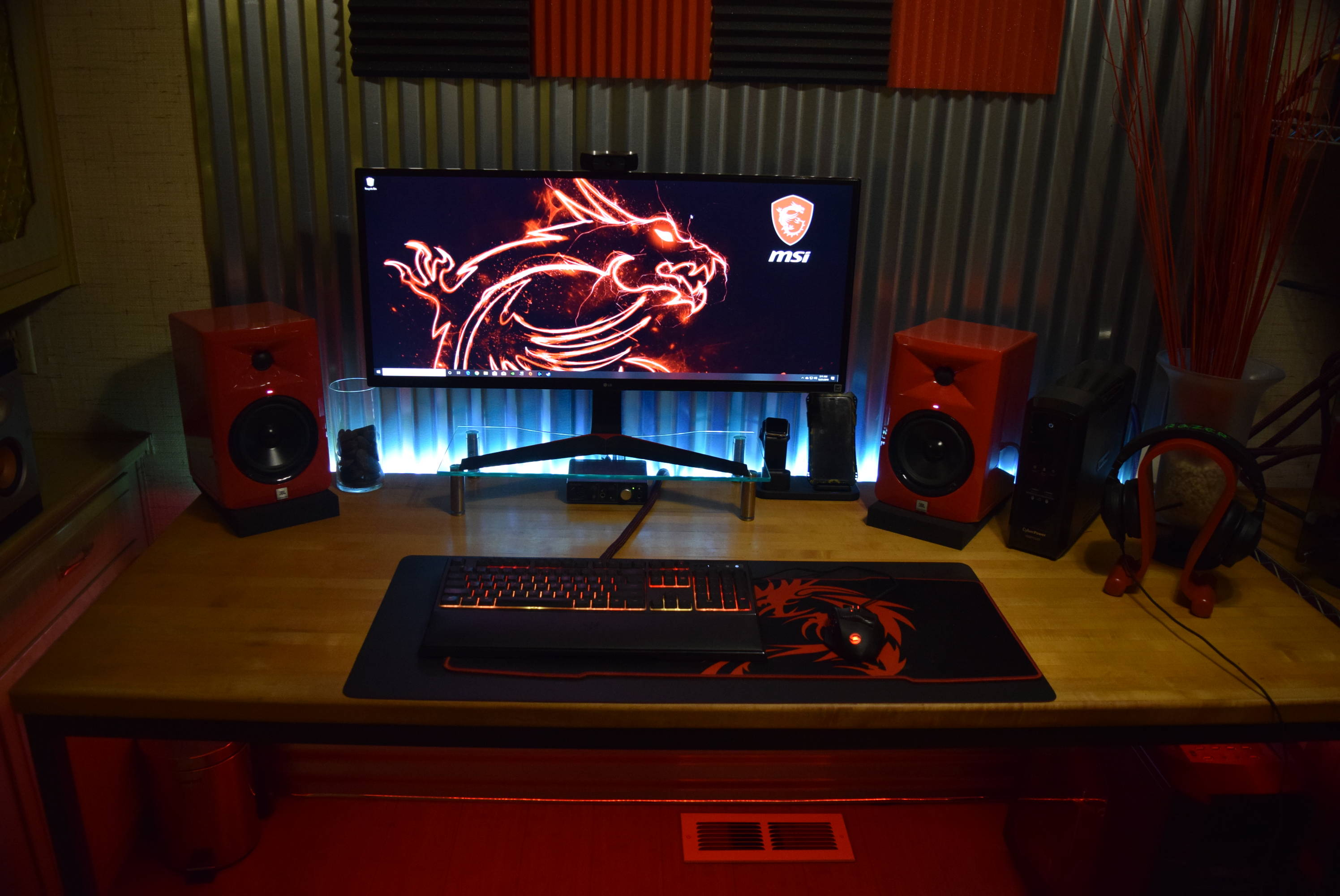 Duuggzzz's Setup - The Big Red | Scooget