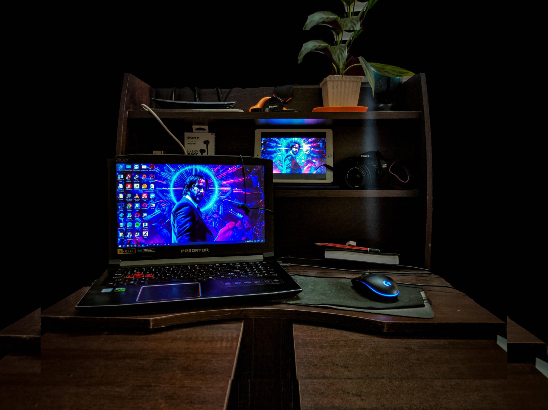 avivijay's Setup - Acer Predator Helios 300 | Scooget