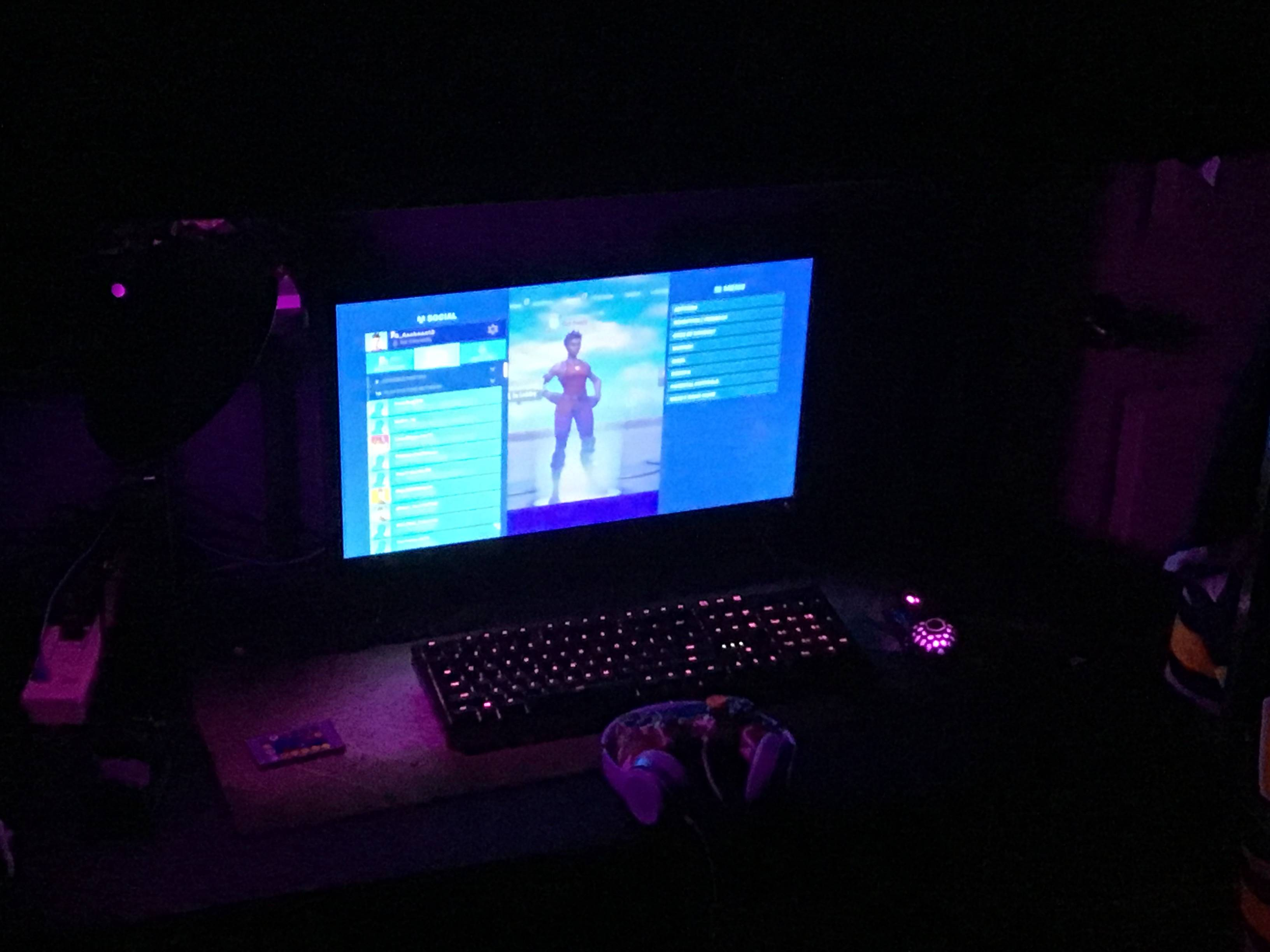 Asabean13's Setup - Console gaming setup | Scooget
