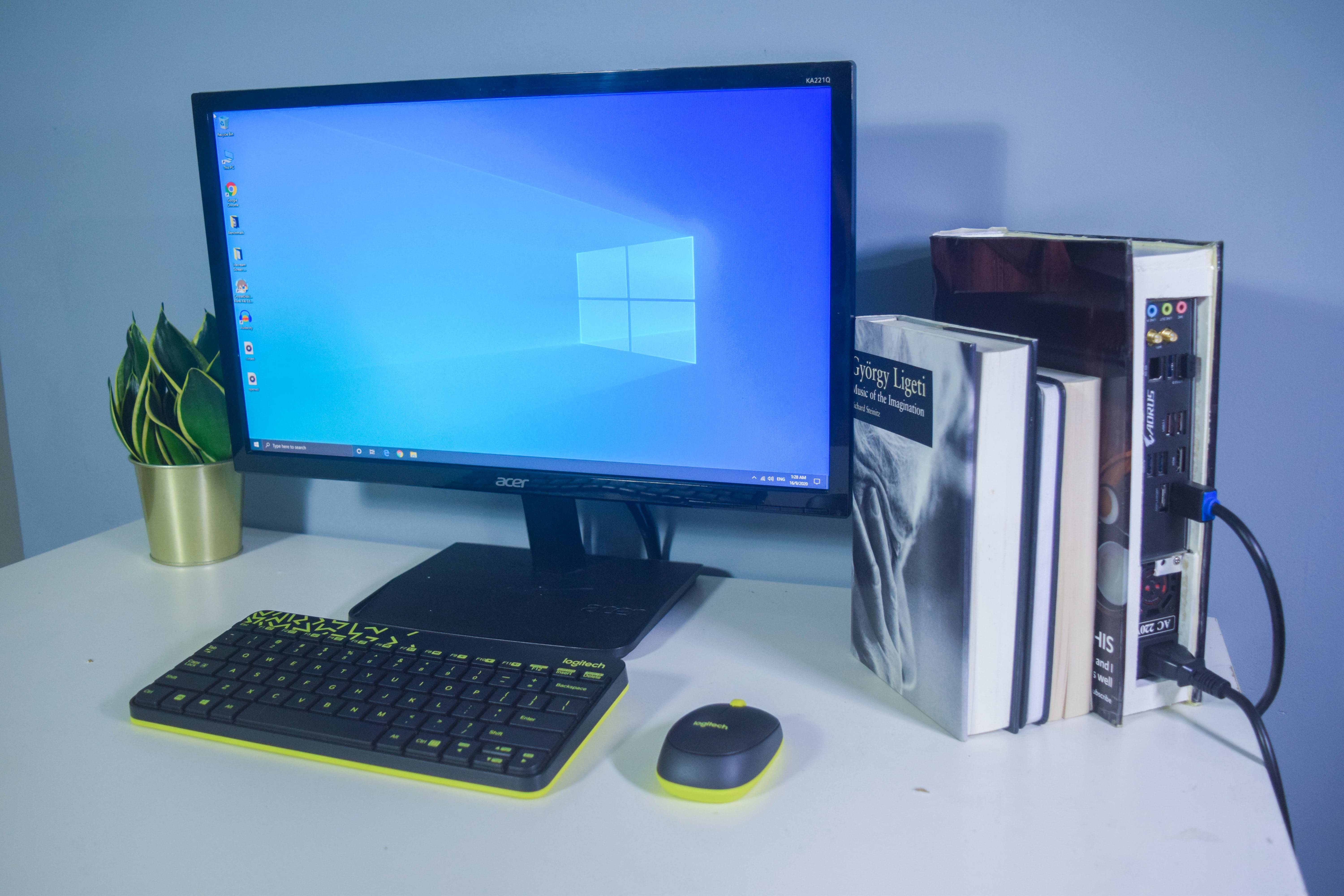 itisnutella's Setup - DIY Book PC Case | Scooget