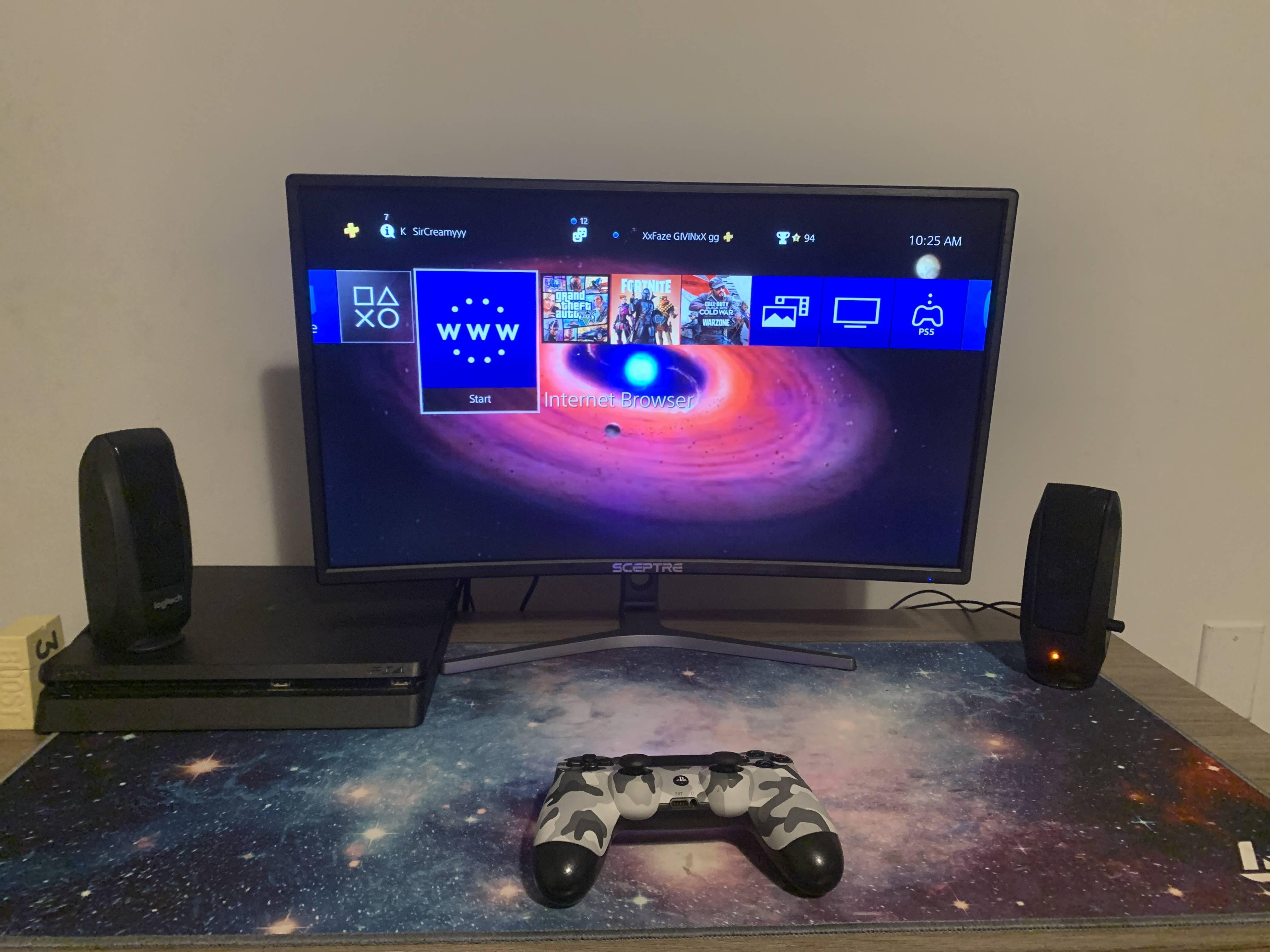 Givin13's Setup - Space setup  | Scooget