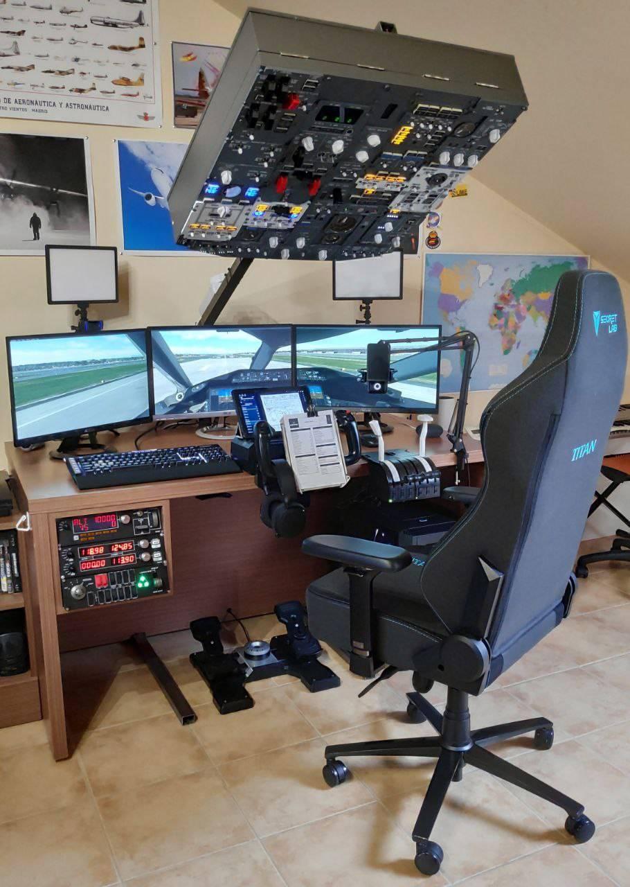 pilotof22's Setup - PilotoF-22 flight simulator | Scooget